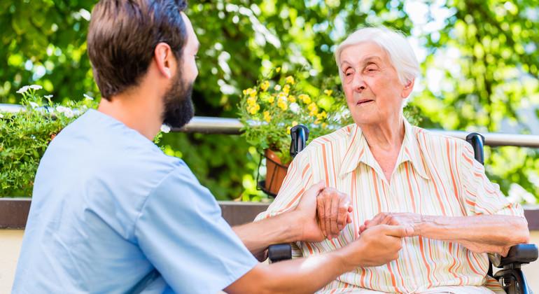 mötesplatser för äldre i morup